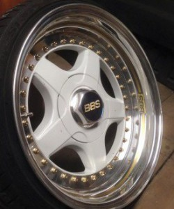 "Ecrou central BBS RF 17"" 4mm"
